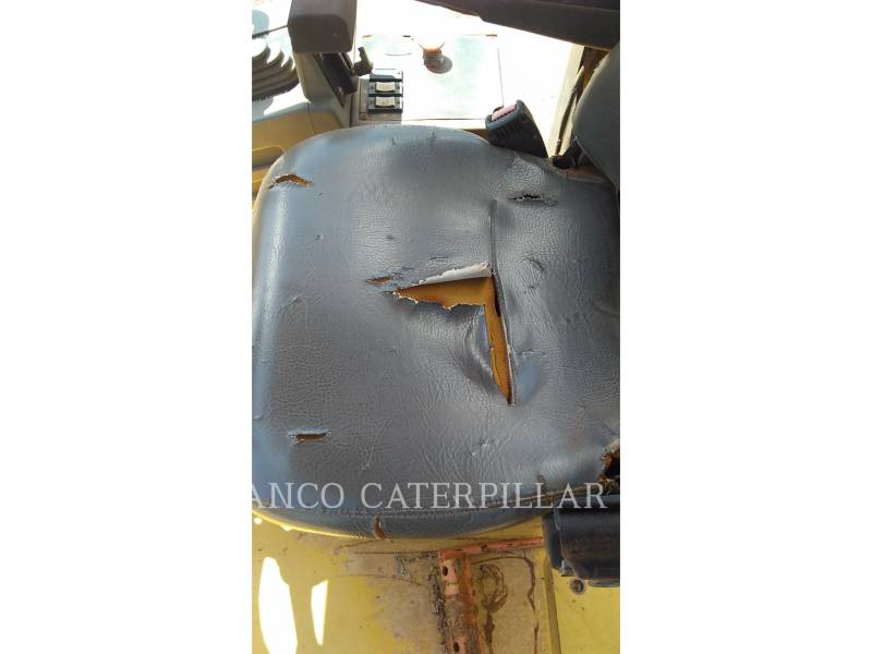CATERPILLAR SOPORTE DE TAMBOR ÚNICO VIBRATORIO CP-533E equipment  photo 5