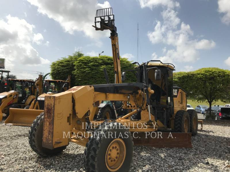 CATERPILLAR MOTONIVELADORAS 12M equipment  photo 2