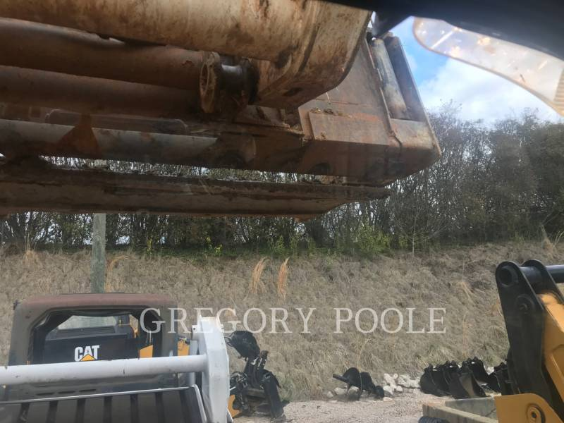 BOBCAT CHARGEURS TOUT TERRAIN T870 equipment  photo 22
