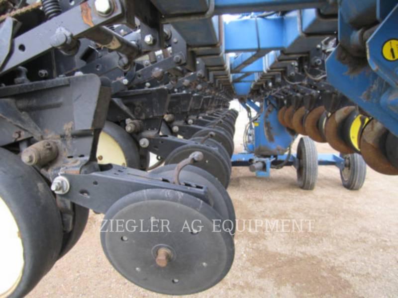 KINZE PLANTING EQUIPMENT 2300 equipment  photo 16