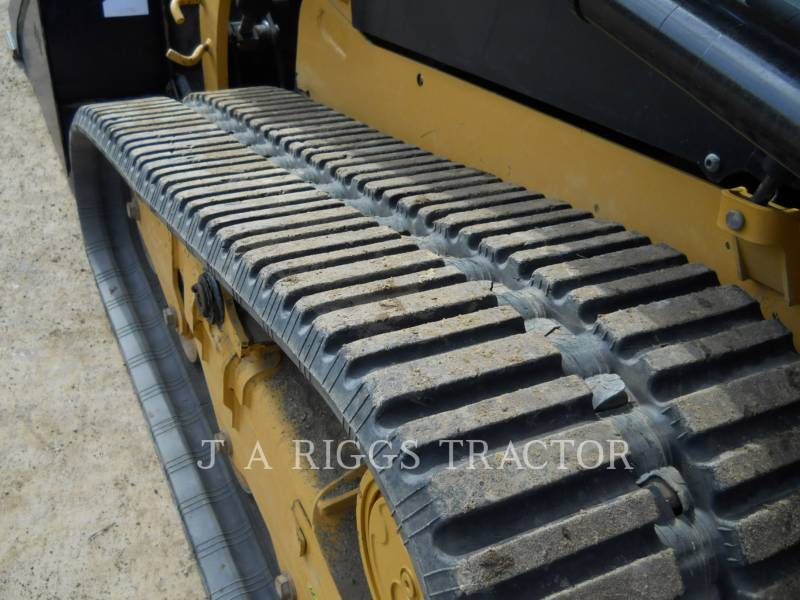 CATERPILLAR MULTI TERRAIN LOADERS 239D equipment  photo 15
