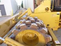 Caterpillar BULDOZERE CU ROŢI 815F2 equipment  photo 8