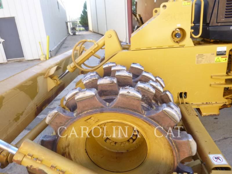 CATERPILLAR WHEEL DOZERS 815F2 equipment  photo 8