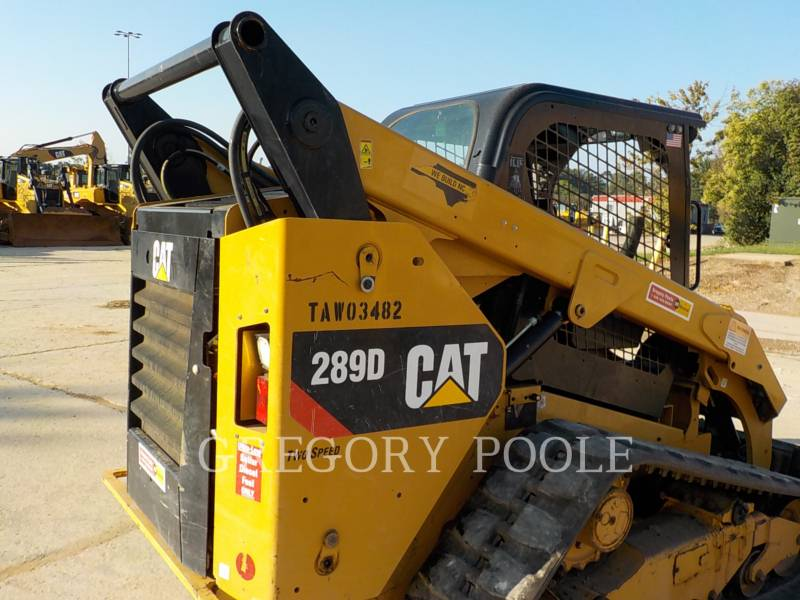 CATERPILLAR CHARGEURS TOUT TERRAIN 289D equipment  photo 11