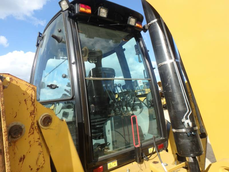 CATERPILLAR CHARGEUSES-PELLETEUSES 450F equipment  photo 19