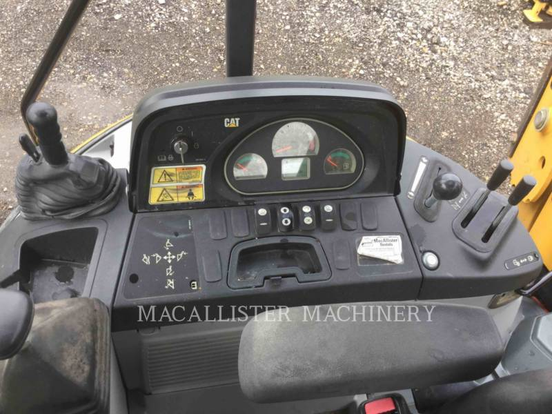 CATERPILLAR CHARGEUSES-PELLETEUSES 416FST equipment  photo 15