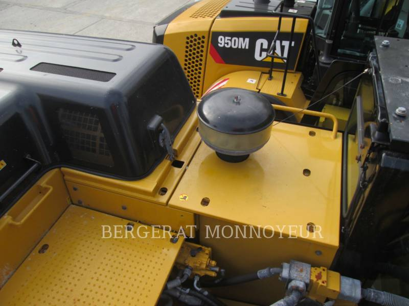 CATERPILLAR TRACK EXCAVATORS 352F equipment  photo 18
