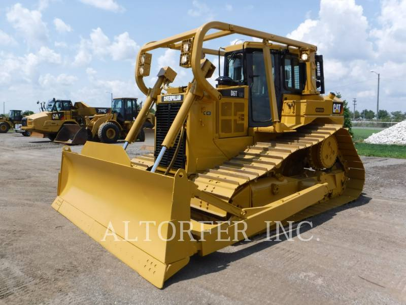 Caterpillar TRACTOARE CU ŞENILE D6T LGP W equipment  photo 1