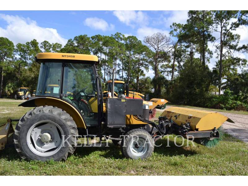 CHALLENGER ROAD BROOMS MT345B equipment  photo 2