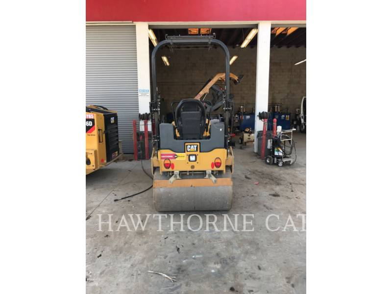 CATERPILLAR COMPACTORS CB24B equipment  photo 7