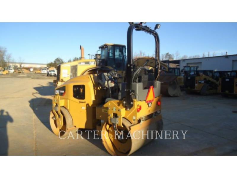 CATERPILLAR コンパクタ CB36B equipment  photo 3