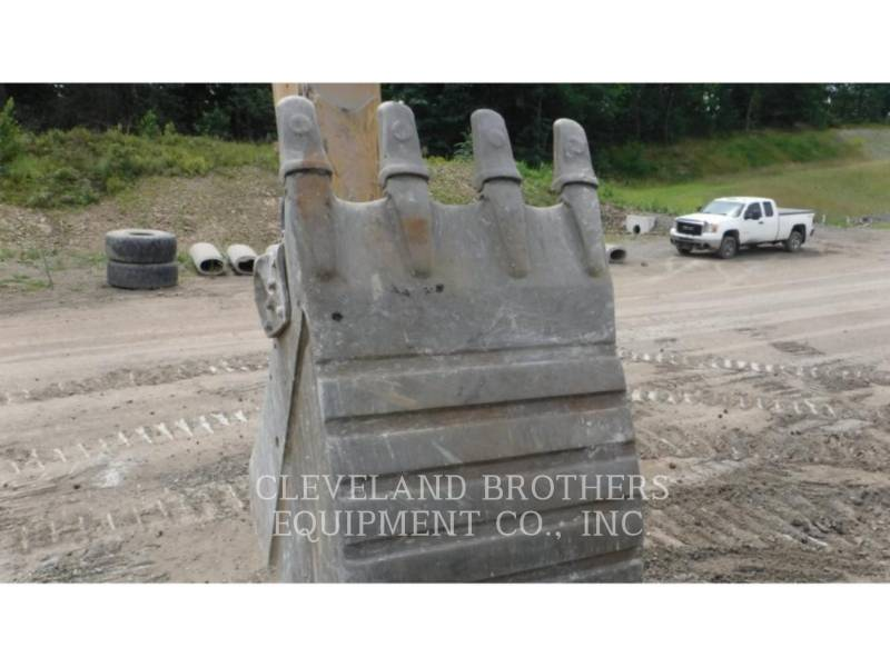 CATERPILLAR EXCAVADORAS DE CADENAS 374FL equipment  photo 7