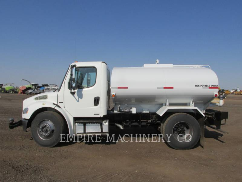 FREIGHTLINER CAMIONS CITERNE A EAU 2K equipment  photo 2