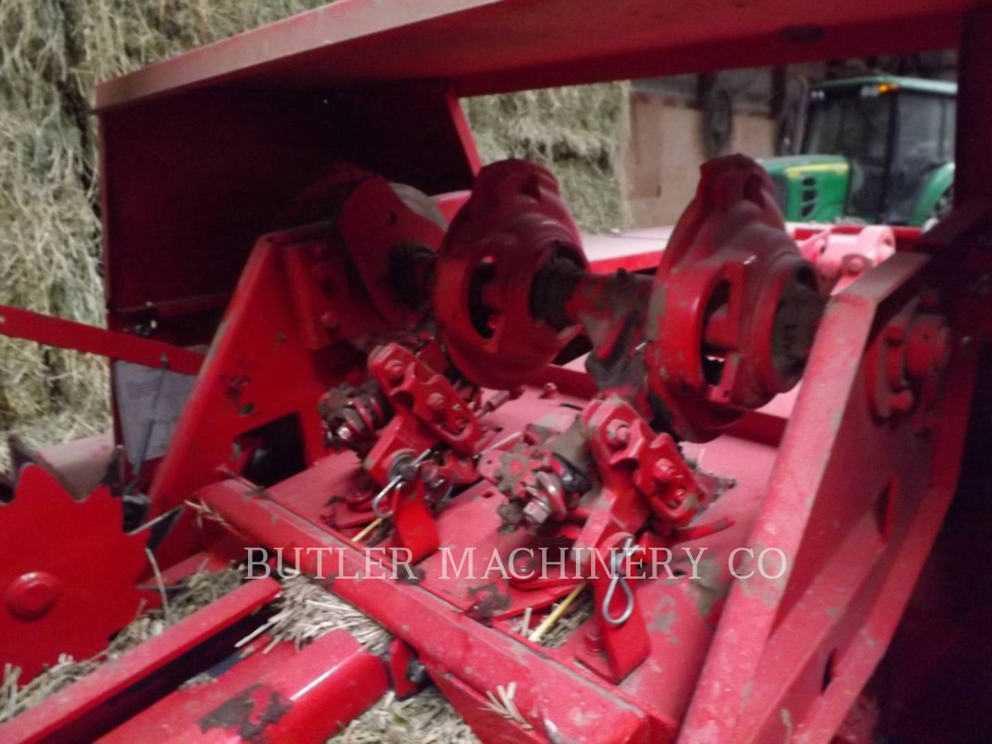 Detail photo of 2011 Massey Ferguson 1839 from Construction Equipment Guide