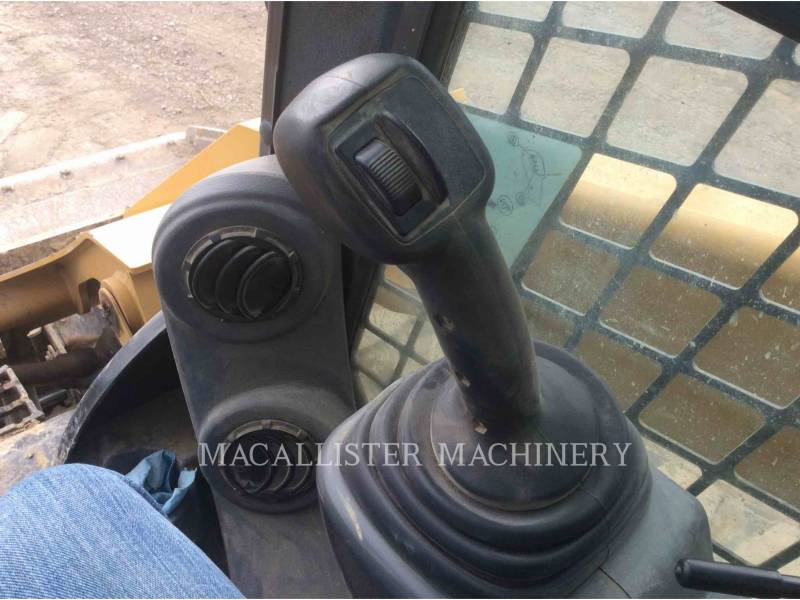 CATERPILLAR MULTI TERRAIN LOADERS 299D equipment  photo 19