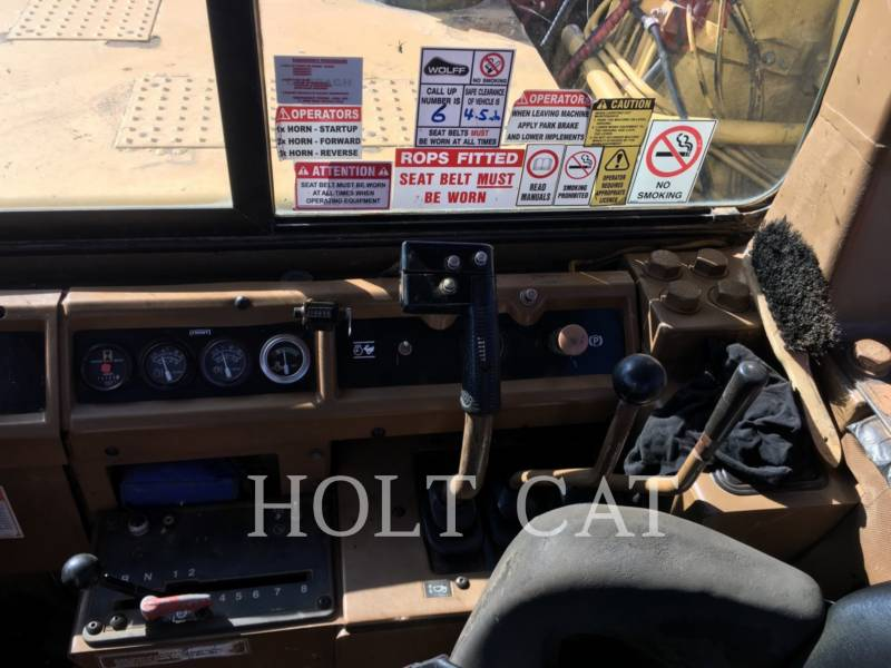CATERPILLAR WHEEL TRACTOR SCRAPERS 657E equipment  photo 8