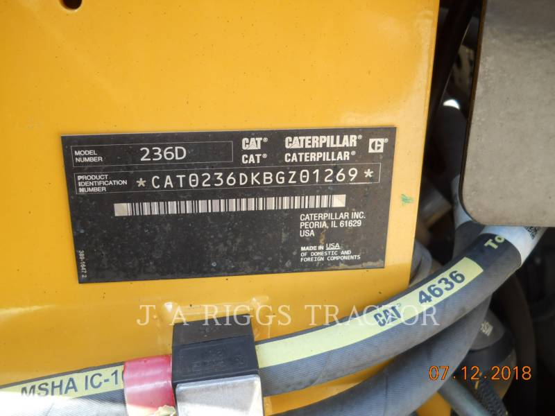 CATERPILLAR CHARGEURS COMPACTS RIGIDES 236D equipment  photo 22