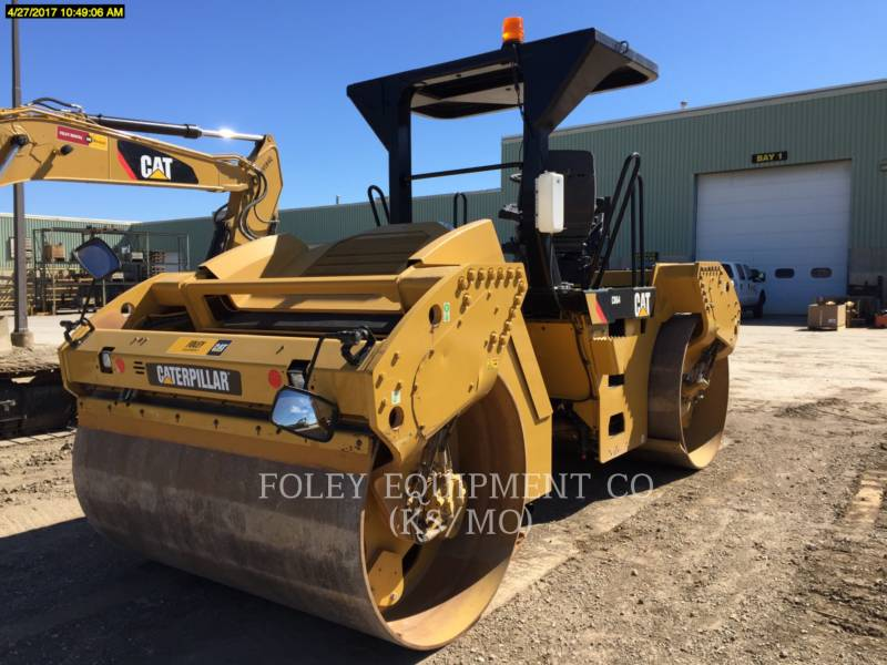 CATERPILLAR COMPATTATORE PER ASFALTO A DOPPIO TAMBURO VIBRANTE CB64 equipment  photo 3