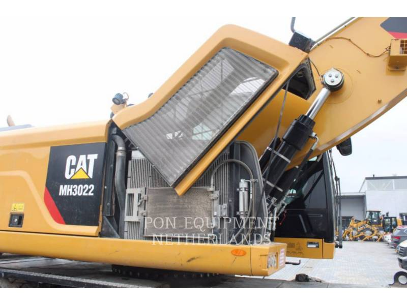 CATERPILLAR EXCAVADORAS DE RUEDAS MH3022 equipment  photo 12