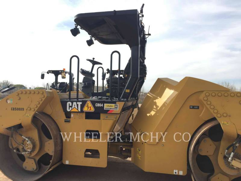 CATERPILLAR SCHWARZDECKENFERTIGER CB64 equipment  photo 2