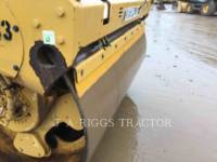 Caterpillar COMPACTOARE CB64 equipment  photo 20