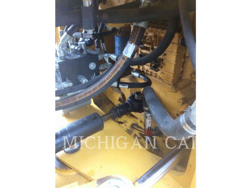 JOHN DEERE CARGADORES DE RUEDAS 524K equipment  photo 19