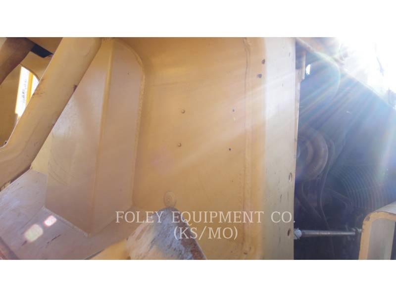 CATERPILLAR TRACK TYPE TRACTORS D6D equipment  photo 17