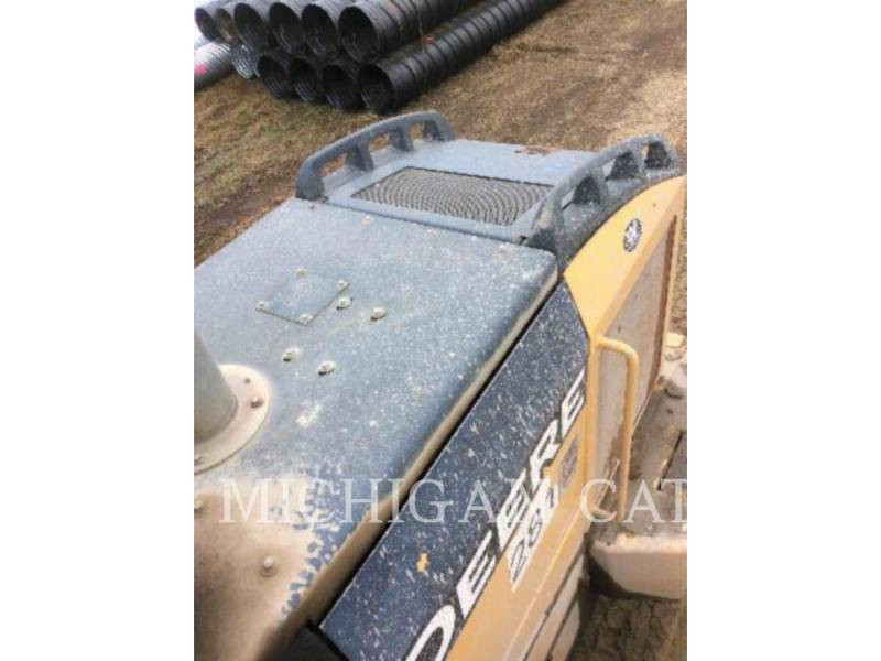 JOHN DEERE CARGADORES DE RUEDAS 544J equipment  photo 16