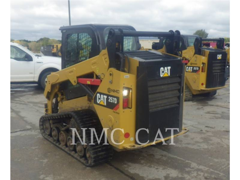 CATERPILLAR CARGADORES MULTITERRENO 257D equipment  photo 2