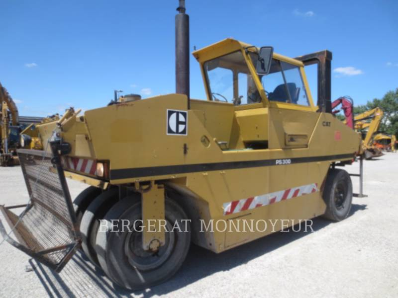 CATERPILLAR COMPACTEURS PS300 equipment  photo 1