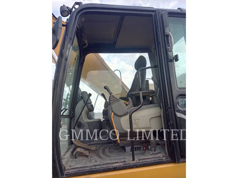 CATERPILLAR TRACK EXCAVATORS 320D2 equipment  photo 5