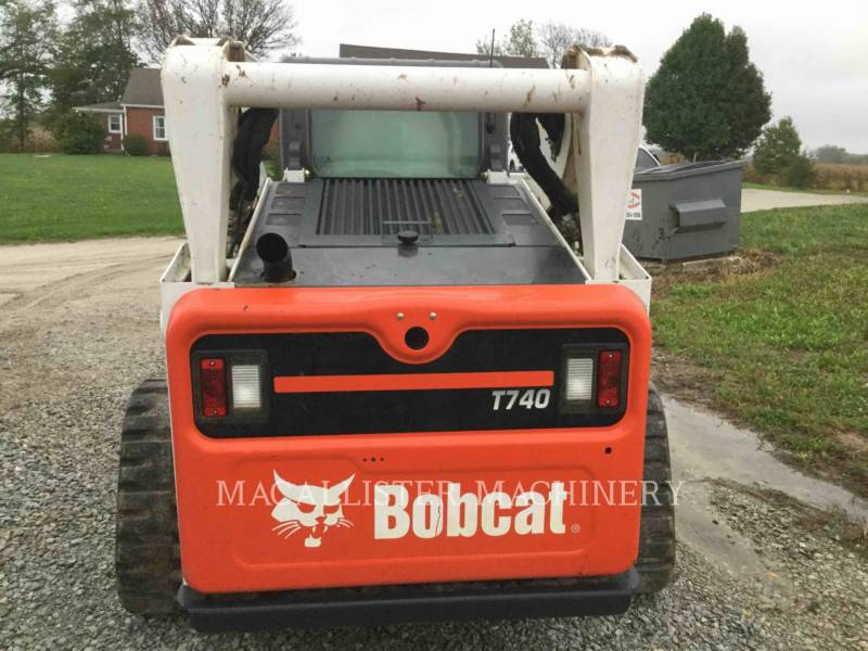 BOBCAT CHARGEURS SUR CHAINES T740 equipment  photo 5