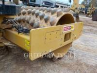 CATERPILLAR VIBRATORY SINGLE DRUM PAD CP-54B equipment  photo 18