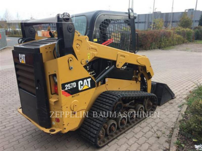 CATERPILLAR SKID STEER LOADERS 257D equipment  photo 3