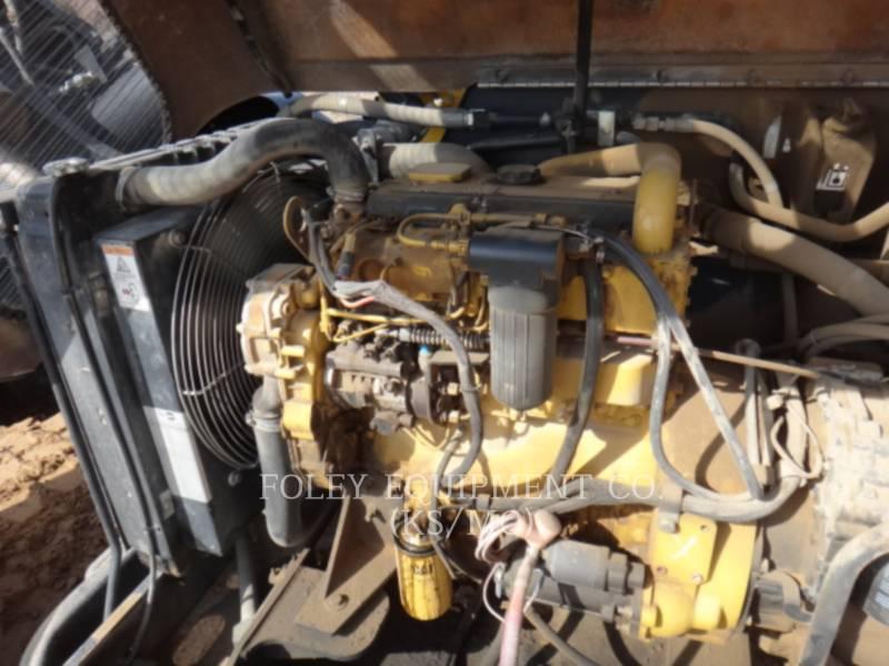 CATERPILLAR TELEHANDLER TL943 equipment  photo 12