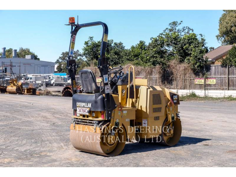 CATERPILLAR VIBRATORY DOUBLE DRUM ASPHALT CB22 equipment  photo 7