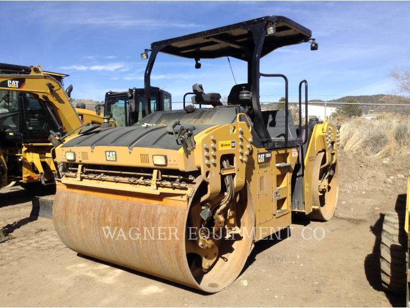 CATERPILLAR COMPACTEURS TANDEMS VIBRANTS CB66B equipment  photo 1