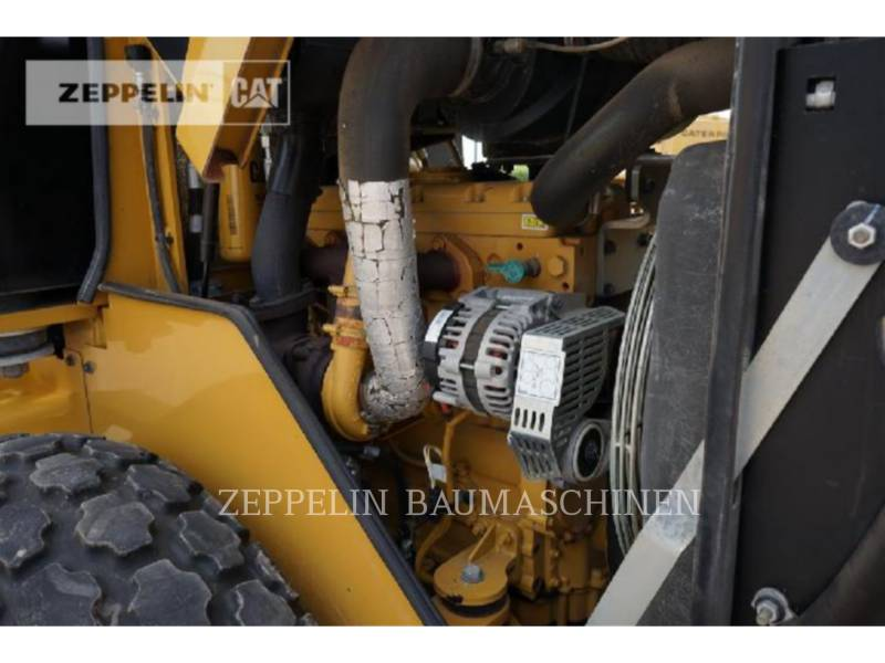 CATERPILLAR VIBRATORY SINGLE DRUM SMOOTH CS44 equipment  photo 19
