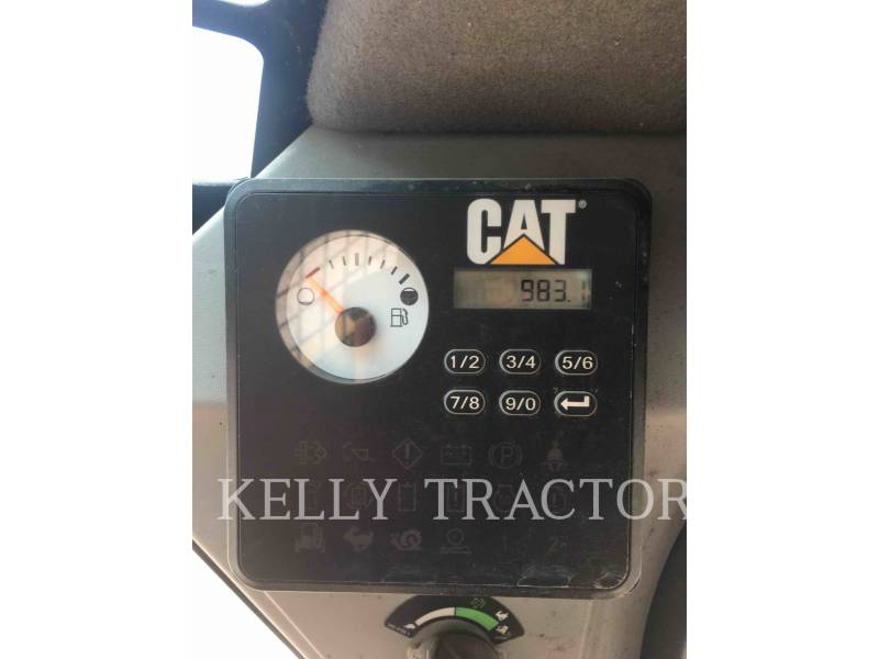 CATERPILLAR CHARGEURS TOUT TERRAIN 277D equipment  photo 13