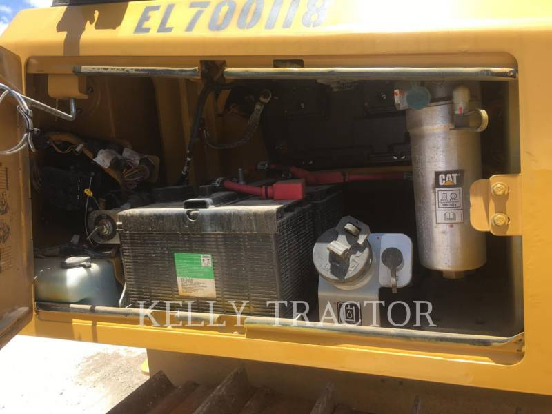CATERPILLAR TRATTORI CINGOLATI D6K2LGP equipment  photo 11