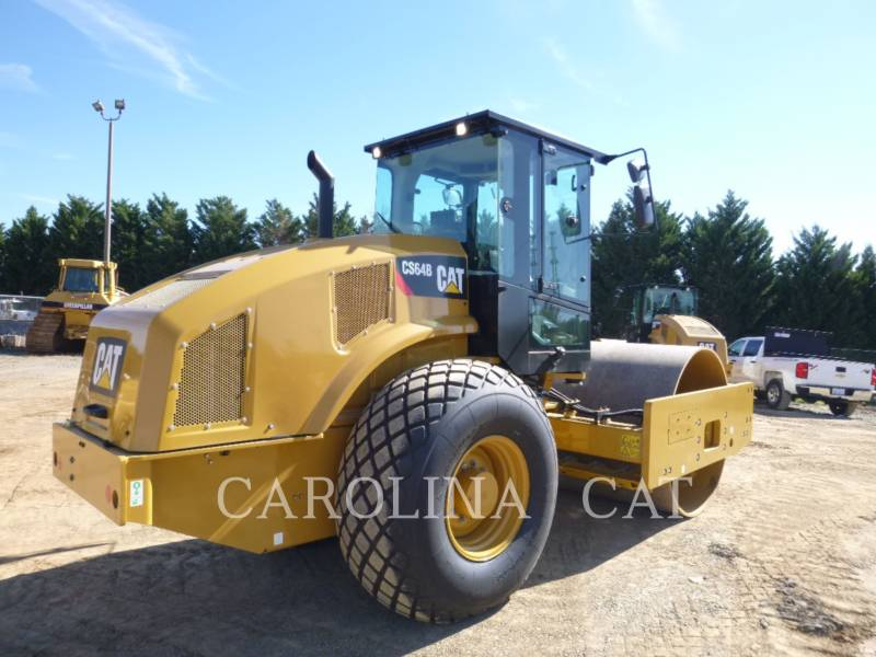 CATERPILLAR COMPACTEUR VIBRANT, MONOCYLINDRE LISSE CS64B CB equipment  photo 3