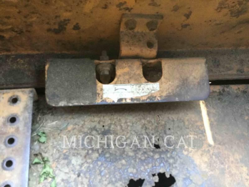 CASE SKID STEER LOADERS 1845C equipment  photo 23