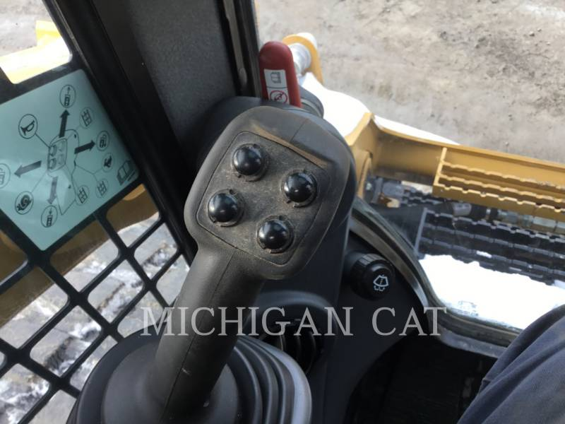 CATERPILLAR CHARGEURS TOUT TERRAIN 289D equipment  photo 18