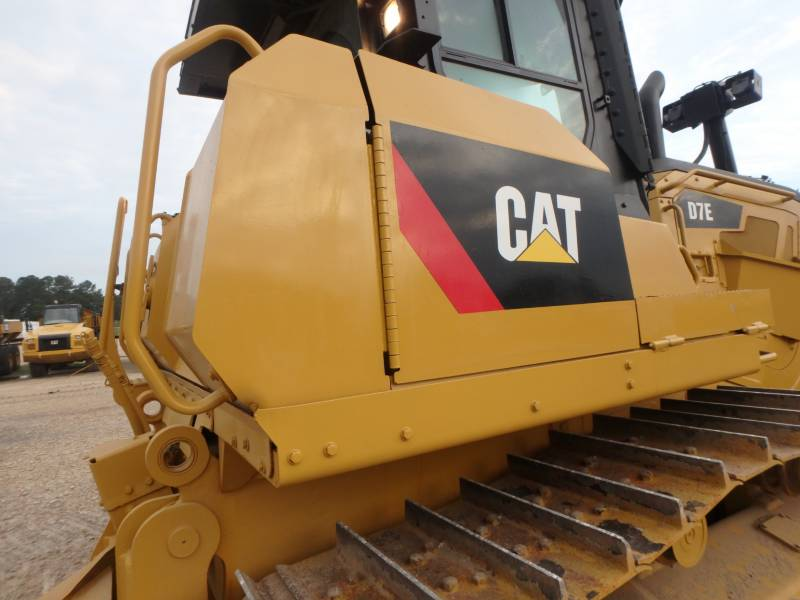 CATERPILLAR TRACTORES DE CADENAS D7E equipment  photo 12