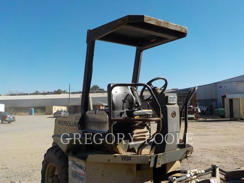INGERSOLL-RAND VIBRATORY SINGLE DRUM PAD SD-70D PRO-PAC equipment  photo 4