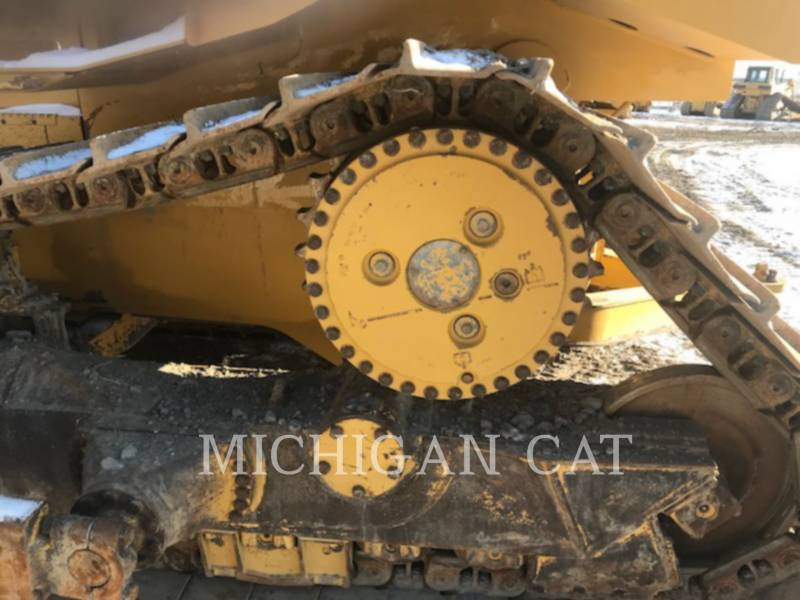 CATERPILLAR TRACK TYPE TRACTORS D6RL C equipment  photo 7