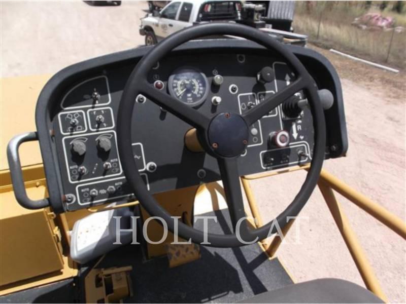 CATERPILLAR ASPHALT PAVERS AP-1055D equipment  photo 21