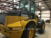 DEERE & CO. WHEEL LOADERS/INTEGRATED TOOLCARRIERS 344J equipment  photo 4