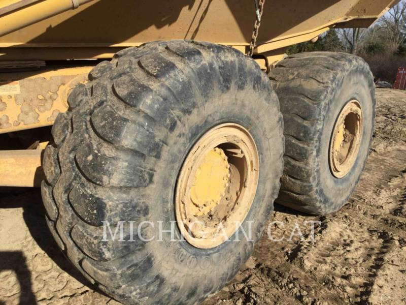 CATERPILLAR ARTICULATED TRUCKS 735 T equipment  photo 17