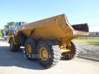 Caterpillar CAMIOANE ARTICULATE 725C equipment  photo 2